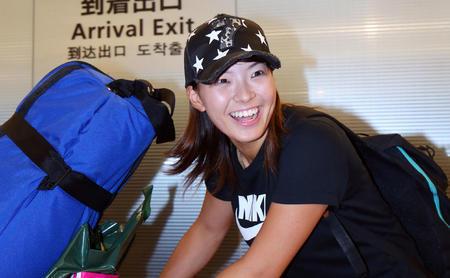 渋野日向子(ゴルフ)帰国時の星の7キャップ(帽子)ブランドはヨシノリコタケ!販売店や通販購入方法!