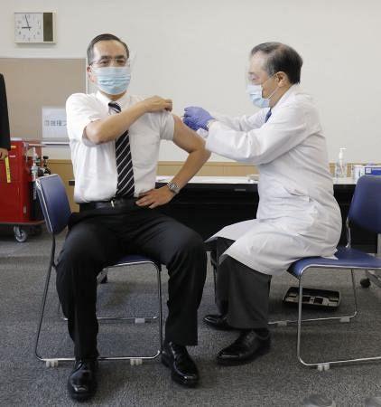 新木一弘院長は新型コロナワクチン接種国内1例目!なぜ選ばれた?wiki経歴!東京医療センター