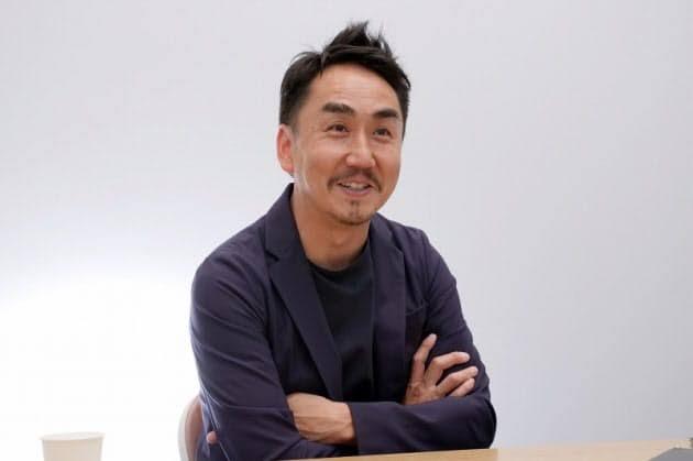 出澤剛LINE社長妻や子供や年収がヤバい!Wiki経歴(大学・高校)!