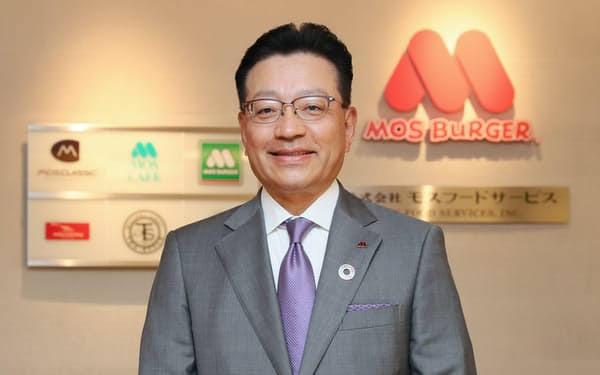 中村栄輔モスバーガー社長Wiki経歴(大学・高校)年収や結婚相手の妻や子供は?
